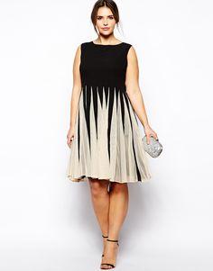 Bild 4 von ASOS CURVE – Ausgestelltes Kleid in Schwarz/Weiß mit Einsätzen