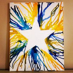 Red and Blue for the of July. love this star . love that this one doesn't still have the crayons on it! Melted Crayon Crafts, Crayon Art, Blue Crayon, Classroom Art Projects, Art Classroom, Spring Crafts For Kids, Art For Kids, Kid Art, Paper Plate Crafts