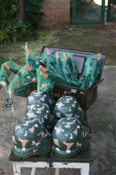 Army Party - goodie bags for guests Army Themed Birthday, Camouflage Birthday Party, Army Birthday Parties, Army's Birthday, Camo Party, Nerf Party, Birthday Ideas, Soldier Party, Military Party