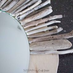 How to make an Easy DIY Starburst Driftwood Mirror