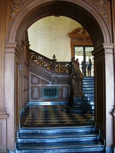 Greystone Mansion Staircase / Black & White Marble Tiles / Carved Archway