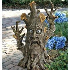 inspiration for the garden: Design Toscano Bark The Black Forest Ent Tree Garden Statue Tree Faces, Tree Carving, Paperclay, Tree Stump, Garden Trees, Garden Statues, Garden Figurines, Black Forest, Tree Art
