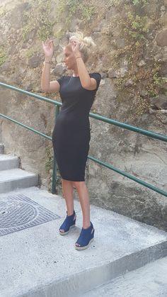 Robe tube NEUVE jamais portée. #robe#noire#tendance#intempirelle PAS D'ÉCHANGE NI DE RESERVATION MERCI