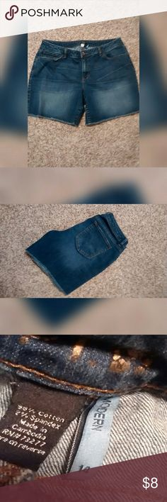 "Apt. 9 Blue Jeans Shorts Blue jean shorts cut offs. In excellent like new condition. Size 14 (modern fit) approximately 17"" across at the waist laying flat. Approx 15"" long from top to bottom. Approx 6"" rise.  * Accepting most offers * Bundle and save! Apt. 9 Shorts"