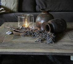 Prachtig Windlicht met Tekst en zilveren of loden rand de tekst is gegraveerd .mooie Antieke Houten Melkkannen hij slijt er dus niet af 22,50 www.herberslifestyle.nl