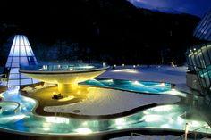 Entdecke die Kraft der Gegensätze!   #AQUA DOME - das Wellnesshotel mit Therme in den Ötztaler Alpen. Auf mehr als 50.000 Quadratmetern vereint das Tiroler Thermenresort den größten Wellness- und SPA-Bereich Tirols sowie ein 4 Sterne Superior Hotel.