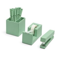 Give the grad the perfect office starter set from poppin.com, $40 | Laurel & Wolf interior design services
