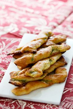 Low Carb Bread Twists. www.dietdoctor.com