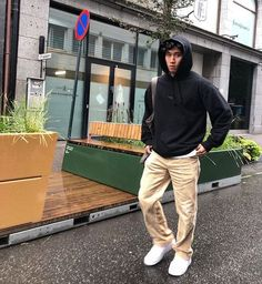 Look Skater, Skater Boy Style, Hot Skater Boys, Hommes Grunge, Looks Hip Hop, Look Man, Vetement Fashion, Stylish Mens Outfits, Cool Outfits For Boys