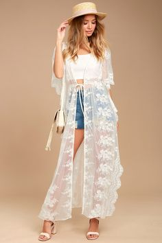 Sweet Honey White Lace Kimono Top - Dream a little dream of romance with the Sweet Honey White Lace Kimono Top! Gorgeous white lace forms this open front kimono with kaftan sleeves, extra long bodice (with side slits), and tying waist. White Lace Kimono, Lace Dress, White Kimono Outfit, Dress Long, Dress Shoes, White Dress, Shoes Heels, Dressy Tops, Sexy Beach Wear
