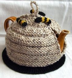 Hey, I found this really awesome Etsy listing at https://www.etsy.com/listing/54556700/honeybee-tea-cozy