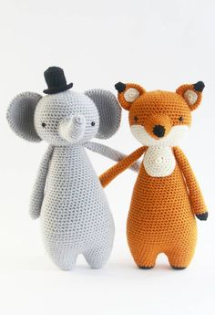 Just taking a walk, discussing gentleman-things.  Crochet patterns by Little Bear Crochets: www.littlebearcrochets.com ❤️ #littlebearcrochets #amigurumi