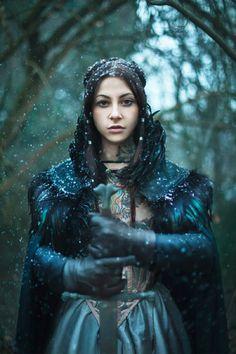 Arya Stark is all Grown-up. Cosplayer: Gogo Blackwater. Photographer: Anna Lucylle Taschini.