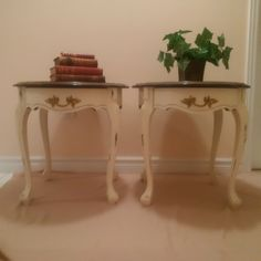 French Provincial Furniture, Entryway Tables, Home Decor, Homemade Home Decor, Decoration Home, Interior Decorating