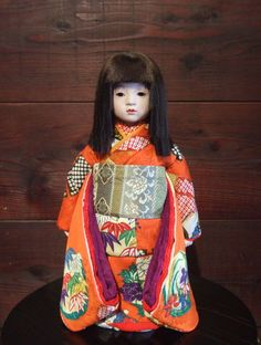 Ichimatsu doll by Kyoko NISHIKIORI, Japan=these things have always scared me! My sister and I have one each!!!!!