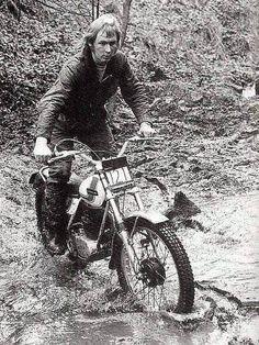 Rathmell Enduro Vintage, Vintage Bikes, Vintage Motorcycles, Cars And Motorcycles, Mx Bikes, Dirt Bikes, Street Tracker, Classic Bikes, Classic Cars