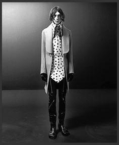 avant garde oversized collar by walter van beirendonck - pinned by RokStarroad.com