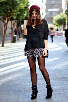 trendy_taste-look-outfit-street_style-ootd-blogger-fashion_spain-moda_españa-isabel_marant-boots-botas_marant-flowe_print-falda_flores-skirt...