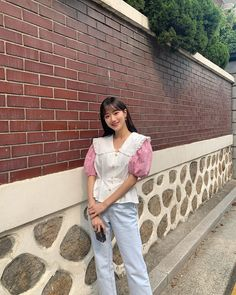 Extended Play, Fashion Tag, Daily Fashion, South Korean Girls, Korean Girl Groups, Kpop Outfits, Aesthetic Girl, Kpop Girls, Shirt Blouses