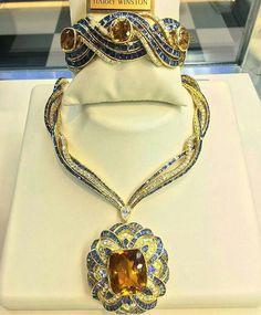 @mariigem. Magnificent #harrywinston pieces ,@cpexquisitejewels #sapphire #citrine #gold #diamond #diamonds