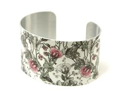 Cuff bracelet with sweet peas. Women's feminine vintage style jewellery bangle £19.50