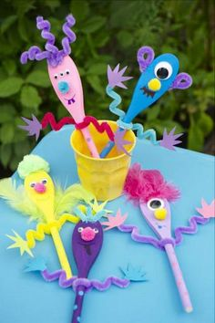 idea for Hailey's craft party Projects For Kids, Diy For Kids, Craft Projects, Crafts For Kids, Daycare Crafts, Toddler Crafts, Summer Crafts, Fun Crafts, Wooden Spoon Crafts