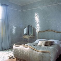 1000 images about rococo bedrooms on pinterest luxury bedroom design rococo and french bedrooms. Black Bedroom Furniture Sets. Home Design Ideas