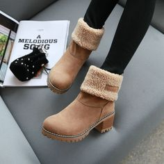 Uggs are not only the most loved but also the most controversial boots on the market. Shearling Boots, Leather Boots, Ugg Style Boots, Women's Boots, Cute Shoes Boots, Ankle Boots, Shoes Style, 90s Shoes, Fall Boots