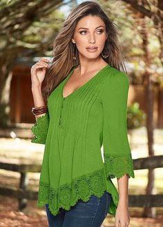 Fashion Womens Long Sleeve Shirt Casual Lace Blouse Loose Cotton Tops T Shirt Ch Casual Shirts, Casual Outfits, Fashion Casual, Fashion Styles, Mode Hijab, Blouse Designs, Chiffon Tops, Chiffon Shirt, Shirt Blouses