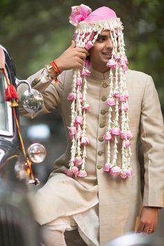 Trending Groom Sehra Designs Spotted At Indian Weddings wedding dresses indian muslim Trending Groom Sehra Designs Spotted At Indian Weddings South Indian Weddings, South Asian Wedding, Wedding Tips, Wedding Outfits, Wedding Groom, Farm Wedding, Wedding Couples, Bride Groom, Boho Wedding