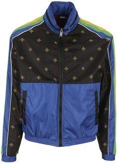 345691c37 Gucci Printed Windbreaker Gucci Gucci, Gucci Men, Fendi, Burberry, Mens  Fashion,