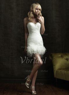 Robes de mariée - $166.99 - Forme Fourreau Sans bretelle Bustier en coeur Court/Mini Organza Satiné Robe de mariée avec Plissé Emperler Plumes Fleur(s) (00205001671)