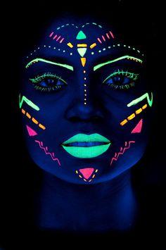 Best party neon flyer Ideas Body Painting - Extreme Styling - Henna Body Art Best party neon flyer I Uv Makeup, Dark Makeup, Makeup List, Makeup Shop, Makeup Ideas, Neon Painting, Light Painting, Pintura Facial Neon, Maquillage Phosphorescent