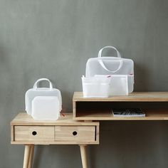 ❙SIZE:33.5*25.5*10cm/25*18.5*8cm/23*14*8cm/18.5*15*7cm/20*13*6.5cm❙Material:polyester ❙All kinds of urban household products, personal products, and professional recommendations of good quality products, new product releases lead the trend. For more product purchases and complete details, please contact me for details.❙Company Name:HuaChuan❙Services Commissioner:Joanne Tang❙Mail: home@freespirit-youth.com.tw❙Skype:passion011212❙Phone:+886-2-2998-3166❙ Pinterest:freespirit_home
