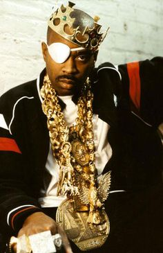 Slick Rick aka Rick the Ruler! I wonder how much them chains are worth now! ONE of the greatest story tellers!