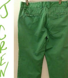 Great condition J Crew green Capri Great condition green J Crew favorite fit capris. Please note depending on which device you use color may be slightly different. J. Crew Pants Capris