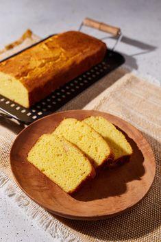 Dupla sajtos kukoricakenyér recept | Street Kitchen Polenta, Cornbread, Ethnic Recipes, Food, Millet Bread, Essen, Meals, Yemek, Corn Bread
