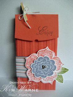 Petite Pocket die-gift card holder