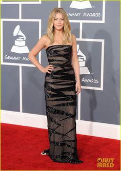 Grammys 2012 - Julianne Hough in a Kaufman Franco dress