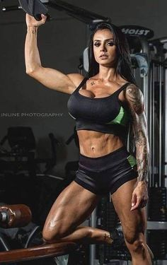 Free Newsletters Need help achieving your fitness goals? The Muscle & Fitness newsletter will provide you with the best workouts, meal plans and supplement advice to . Hot Girls, Girls With Abs, Girls Fit, Body Fitness, Bikini Fitness, Ripped Fitness, Gym Fitness, Bodybuilder, Fitness Inspiration