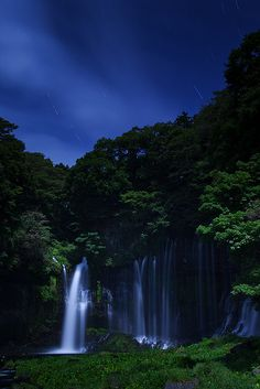 Night in Shiraito Falls in Fujinomiya, Shizuoka, near Mount Fuji, Japan. Rio, Sea Of Japan, Shizuoka, Beautiful Waterfalls, Beautiful Places In The World, Japan Travel, The Great Outdoors, Places To See, The Good Place