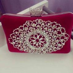 clutch de veludo rosa!!!!!!!!!!muito linda!!!!!