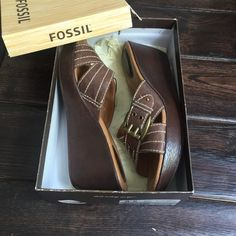 Fossil Espresso Maxine Leather Slides Just in time for summer! There is a black pair in my closet too. Previously worn - scuffs/scratches in the toe area. These have a ton of wear left! Fossil Shoes Wedges