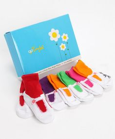 I LOVE these. If I was still pregnant, I'd have bought them for sure! (major baby sock fetish during pregnancy) haha