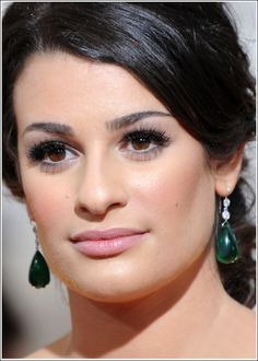 Lea Michele @ 67th Golden Globe Awards 2010 (Photos & Pictures) Makeup How-to