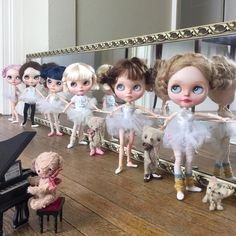 """2,874 Likes, 168 Comments -  Dolly Treasures (@dollytreasures) on Instagram: """"""""Tuck your bottoms in girls... no frowning ....into first position and plié ."""" #ballet #tutu…"""" Cute Dolls, Ooak Dolls, Blythe Dolls, Vintage Ballerina, Fashion Dolls, Ballet Tutu, Kawaii Doll, Big Eyes, Collector Dolls"""