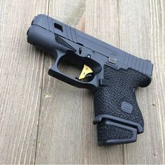 No photo description available. Custom Glock, Custom Guns, Weapons Guns, Guns And Ammo, Glock Mods, Cool Guns, Self Defense, Airsoft, Firearms