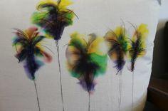 radical possibility: Zero-Effort Tie-Dye Pillows