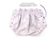 Baby diaper cover - Pattern and DIY tutorial-, DIY Baby Diaper Cover - Tutorial and Pattern. Baby Dress Patterns, Baby Clothes Patterns, Sewing Patterns Girls, Clothing Patterns, Baby Sewing Projects, Sewing Tutorials, Diaper Cover Pattern, Baby Bloomers, Diaper Covers