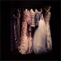 Beautiful wardrobe at Chanel. Lindsay Wixson's Robe de Marriage looks even more incredible close up. 4th July 2012